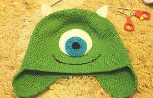 Patron para hacer un gorro a crochet de Monster Inc (1)