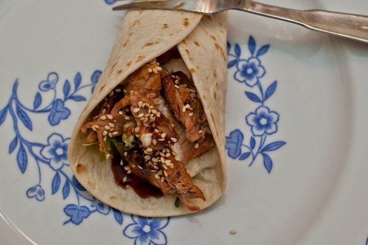 cat´s bak- och matblogg: Kryddstarka revben crossover (taco versus asia)