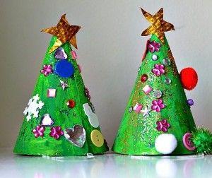 Kerstmis ambachten voor kinderen - boom hoeden