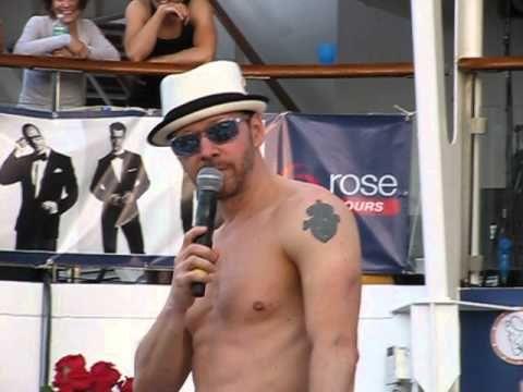 Holy crap, this video... NKOTB cruise 2013 - Joe surprises at Backrub