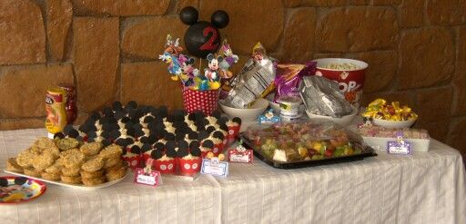 Mickey Mouse Clubhouse party food table