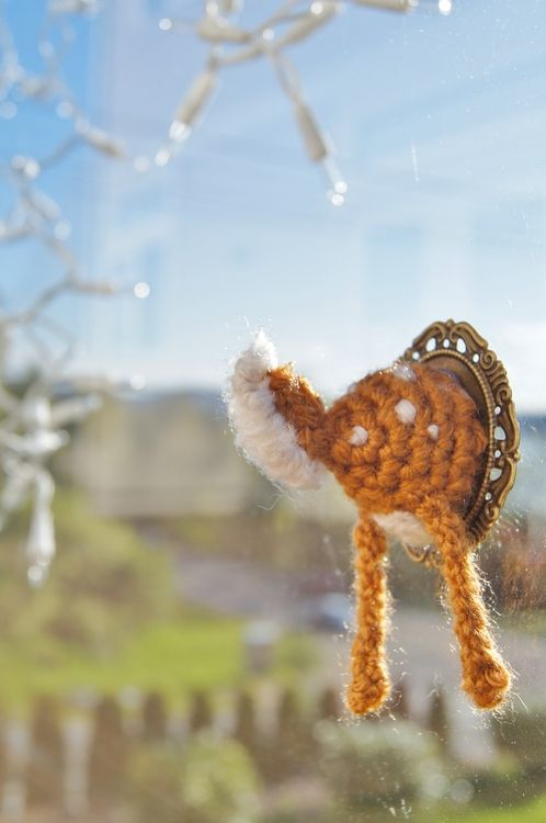 Mini Deer Butt Taxidermy Crochet Pattern ~ Cute and funny!