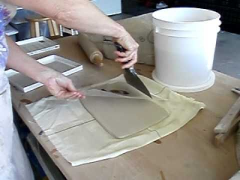 Xfer Movie.AVI - transferring images to wet clay with transparencies. Seriously amazing #ceramics #pottery