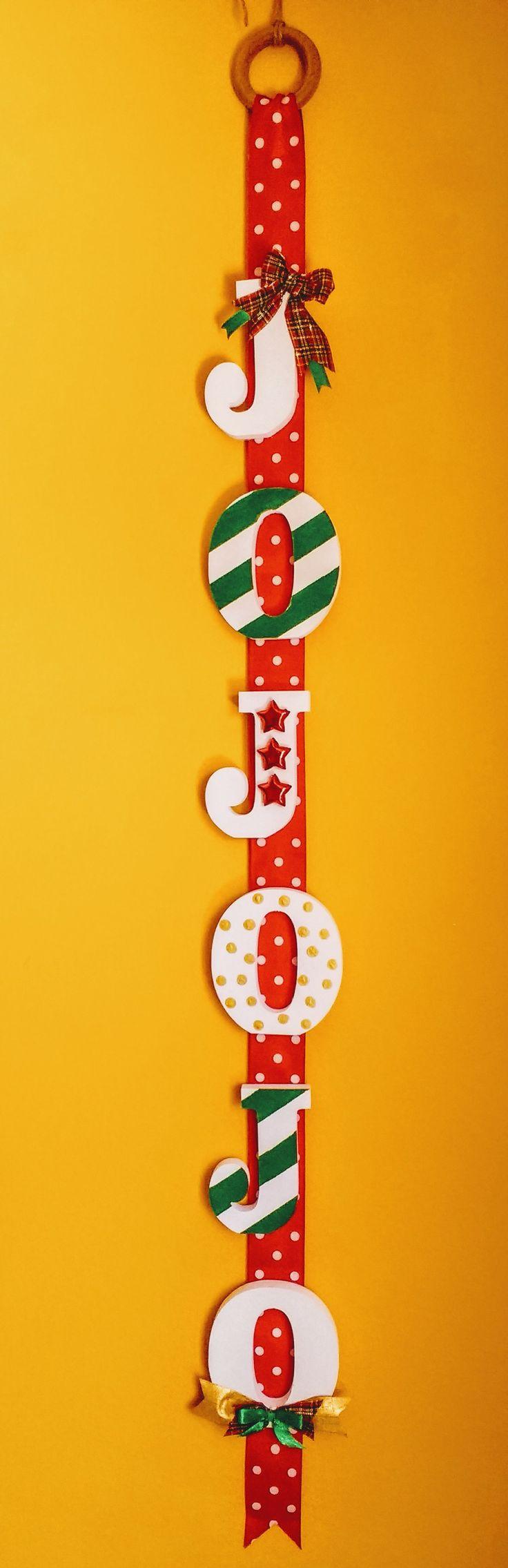 Adorno navideño colgante hecho a mano original diseño Chicoca Deco JO JO JO!!! #deconavidad #navidaddeco