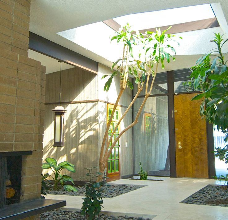 A Light And Airy Streng Home Atrium We Can See Why Sacramento Mid Century Modern Homes Mid Century Modern House Modern Architecture Design Modern Style Homes