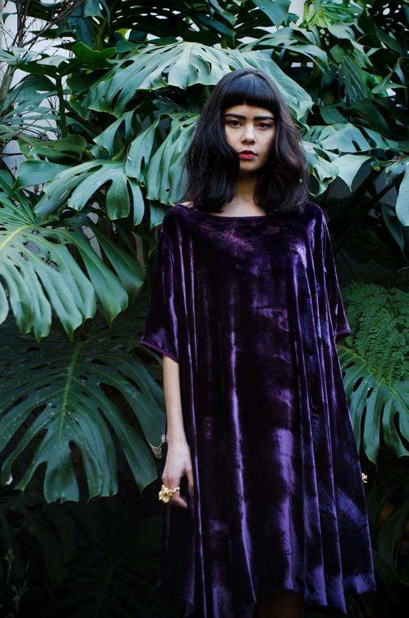 Rise in purple velvet