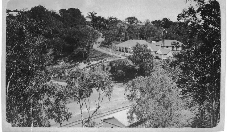 Look like the bottom end of McMinn Street, it  used to end at the Darwin Railway Station until the built Tiger Brennan Drive