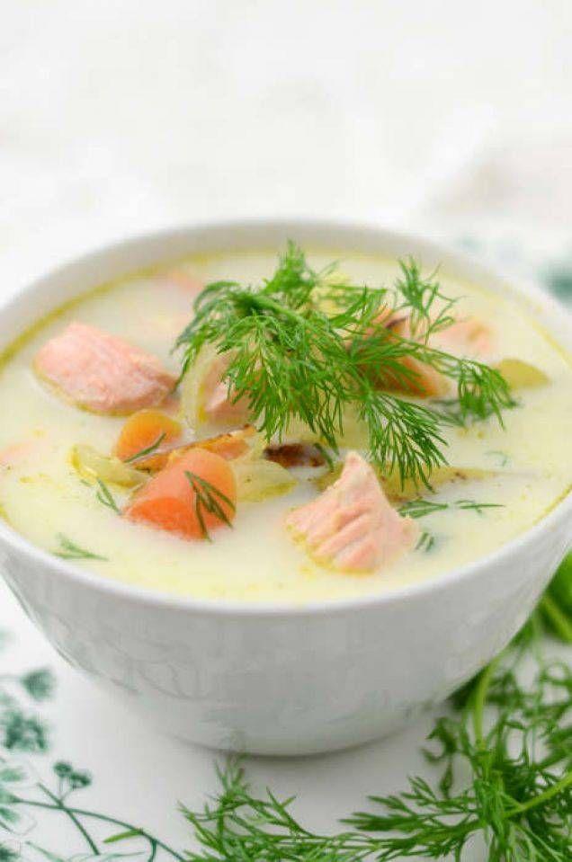 Klassisk laxsoppa som passar bra till både lunch och middag.