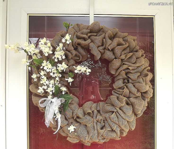 DIY Burlap Wreath ~ Step-by-step tutorial
