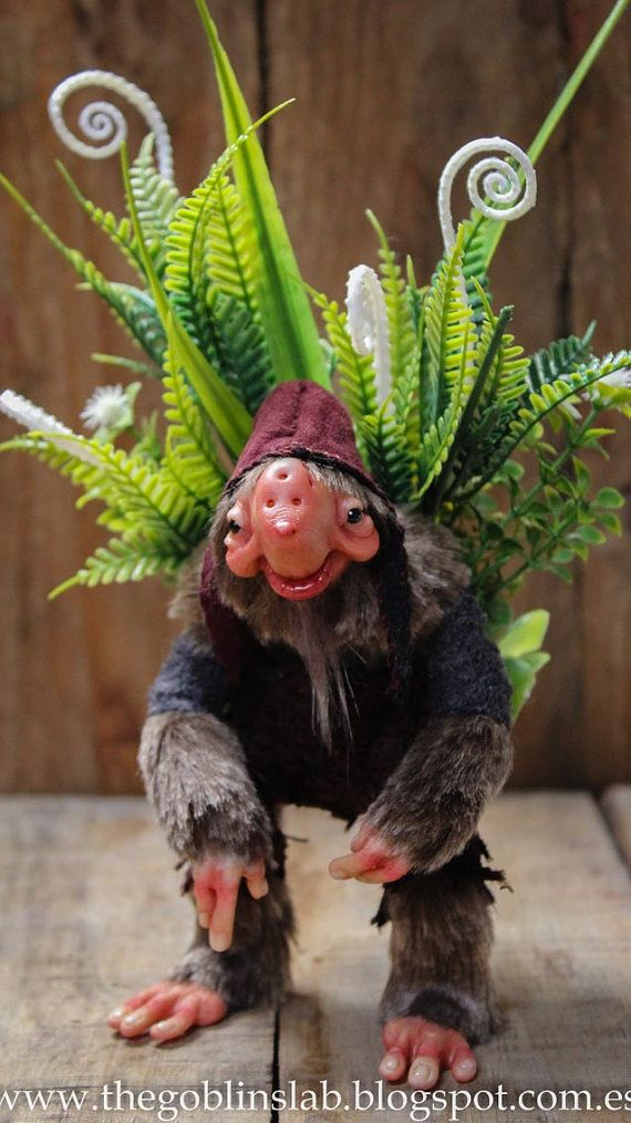 OOAK FANTASY ART. Ooak criatura fantástica silbador herbáceo/// por por GoblinsLab. MYTHICAL CREATURE.  Handmade. Ooak Doll. criatura fantástica por GoblinsLab. Criaturas Mágicas de Fantasía hechas a mano, por el artista Moisés Espino. The Goblin´s Lab. Madrid. Criaturas 100% hechas a mano. Duendes, Hadas, Trolls, Goblins, Brownies, Fairies, Elfs, Gnomes, Pixies....  *Artist Links:  http://thegoblinslab.blogspot.com.es/ https://www.etsy.com/shop/GoblinsLab http://goblinslab.deviantart.com/