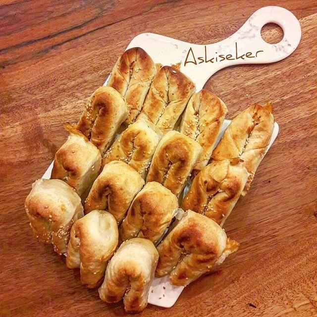 YUFKADAN SARIYER BÖREĞİ el açması gib ama çok kolay harika lezzetli bir pratik börek tarifi-yapımı çıtır sarıyer , boşnak böreği tarifi