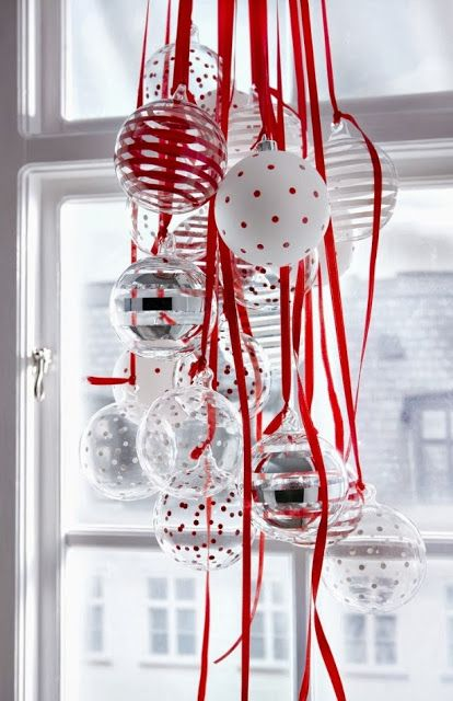 Easy and pretty window decor.