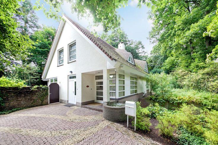119 beste afbeeldingen van bijzonder wonen ramen facades en entree - Entree eigentijds huis ...