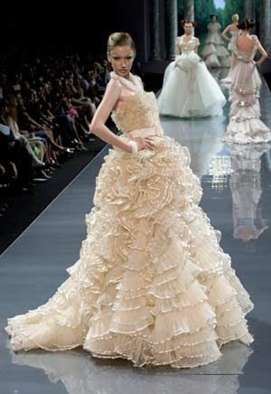 247 best Galliano images on Pinterest | John galliano, Baroque and ...