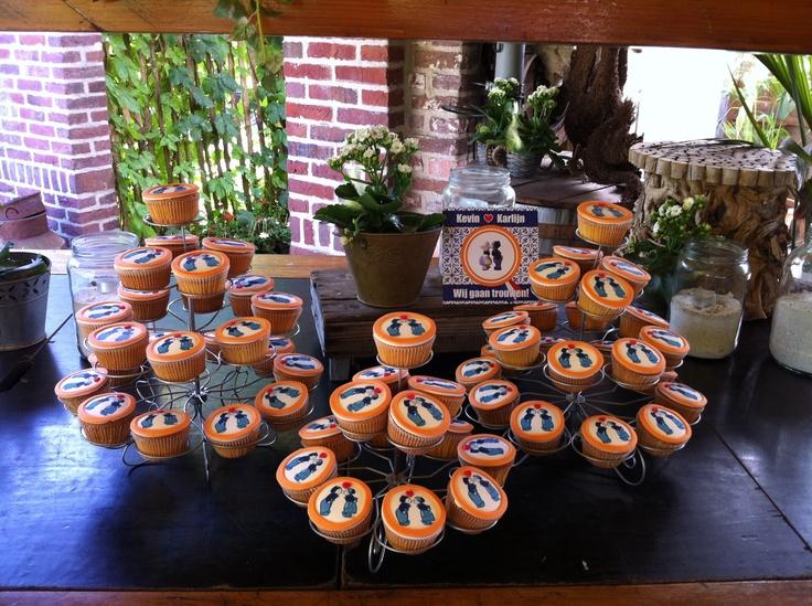 Duch style wedding cupcakes  Delfts blauwe cupcakes voor een Hollandse bruiloft