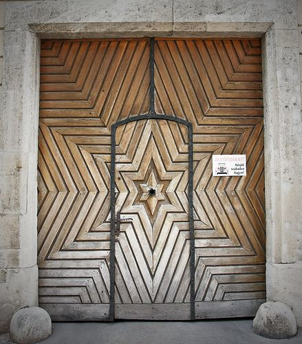 The Star Door   Buda Castle District, Budapest, Hungary