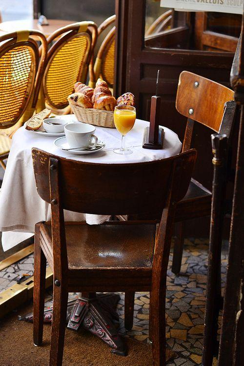 Cafe La Palette by Sandra on Flickr.