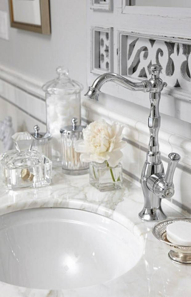 Sarah Richardson, bathroom design. vanity countertop