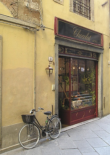 Chocolat | Chocolate shop in Lucca, Italy. | 10.07 | Photo by Jeff Fisher