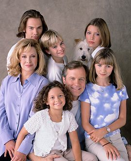 an analysis of the tv show 7th heaven Faith and religion in 7th heaven jenny hinner table of contents general information about 7th heaven analysis of the 22nd episode of the 6th season holy war (part 2.
