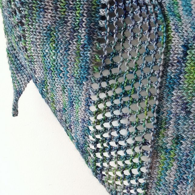 Ravelry: The Quay Shawlette pattern by Sara's Texture Crafts