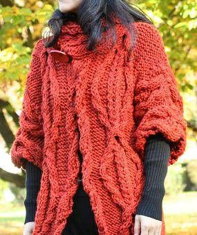 先日ご紹介したハロウィン色のロングジャケット、今年流行のケーブル編みをふんだんに取り入れて、でも同じケーブル編みだと飽きてしまうから変化をつけて作品のいたるところに取り入れて、秋の収穫の色を組み合わせています。ボリュームのある五分袖にしてあります。防寒用ではなく、主役のオンのジャケット。美味しいものを頭に思い浮かべながら編んでいくとあっという間にできあがり。ケーブル編みは組み合わせの応用で無限大に模様が広がるから考えるだけでも編んでいても楽しい便利な編み方です。励みになりますのでクリックお願いします!人気blogランキングへブログランキングブログ村あかちゃんのお祝いと成長の記録―ベビーアルバムポプラ社このアイテムの詳細を見る編み物教室Kate&Yarnwww.kateandyarn.com