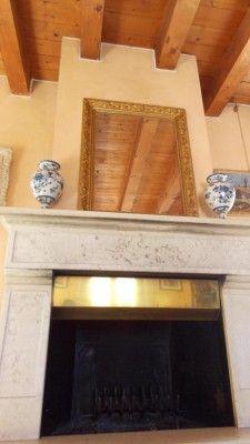 Appartamento di pregio in vendita a Missaglia in Brianza #missaglia #casaestyle #style #interior #design #home #house #casa #dream #brianza #luxury #lusso #pregio #attico #camino #caminetto http://www.casaestyle.it/
