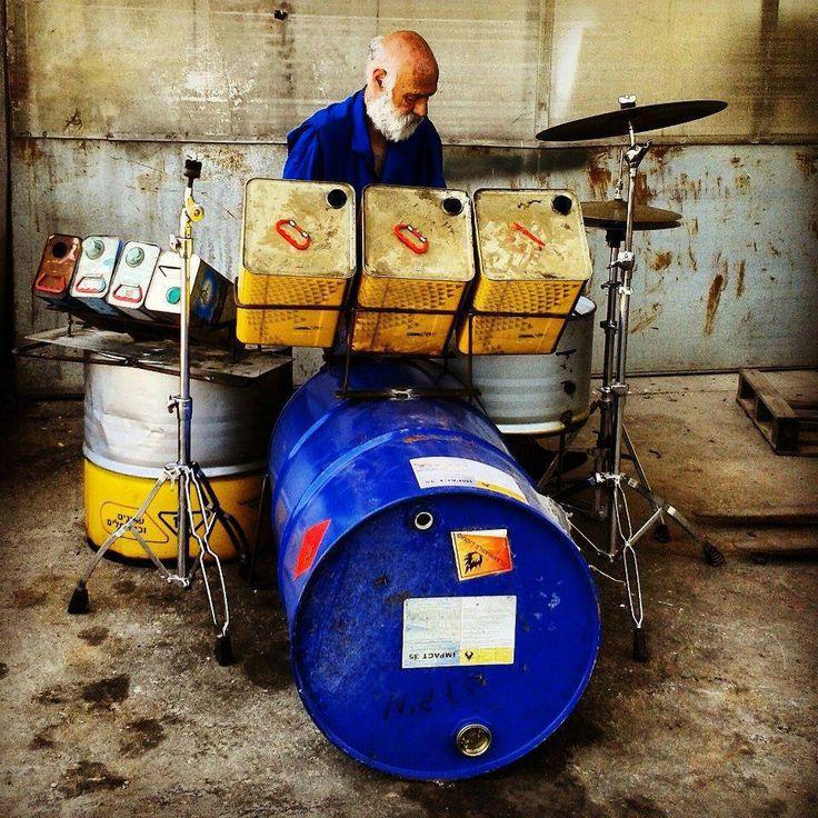 Awesome DIY drum kit