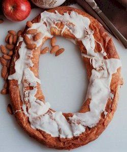 Danish Kringle, Kringle Recipe, History of Kringles, How To Make Kringles, Danish Kringle Recipe, Bread Machine Recipes