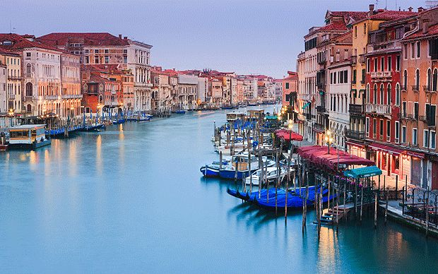 Continuing our new series on budget city breaks, our Venice expert recommends   the best hotels for under £100 and good dining options for under £20.