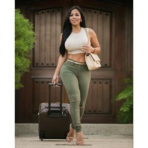 Dolly Castro (@missdollycastro) - Instaliga is the best instagram web-viewer