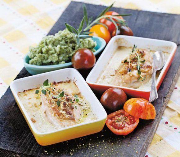 Kycklingfiléer i ugn med vitlök, buljongtärning och grädde | Recept.se