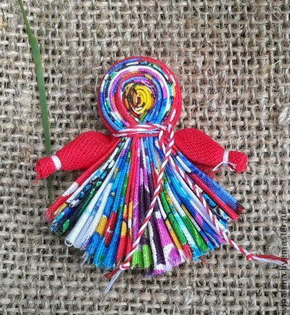 """Магнит """"Северная берегиня"""" - магнит,народная кукла,тряпичная кукла,кукла ручной работы"""