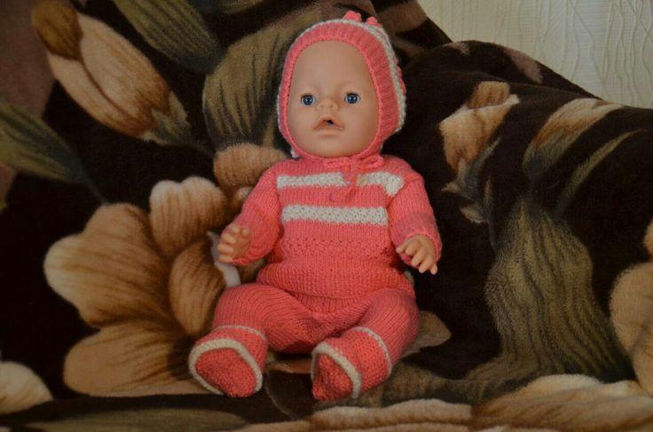 Розовый костюм для бэби борн