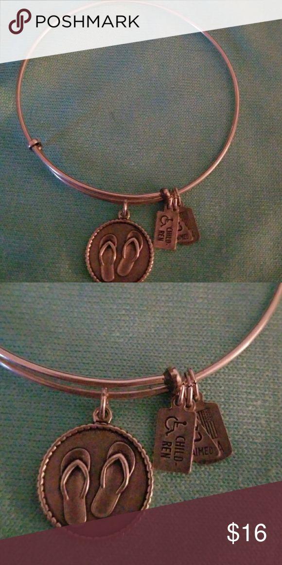 Alex & Annie bracelet Alex & Annie bracelet with flip flop toggle Alex & Annie Jewelry Bracelets