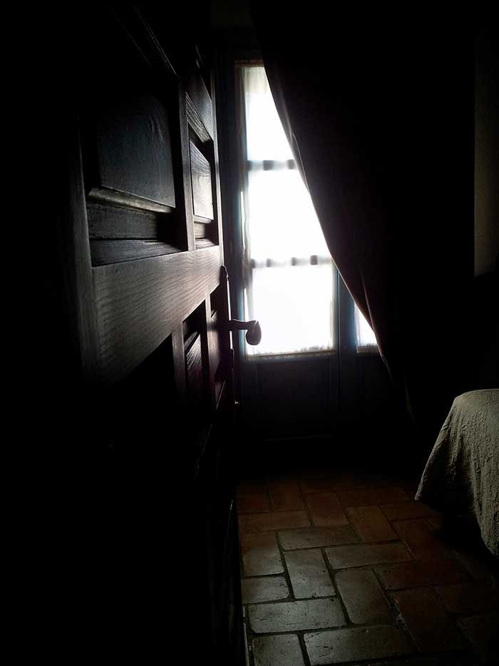 Detalle habitación Posada San Fernando, Hotel con Encanto en Carmona