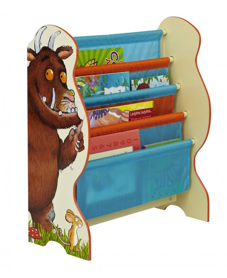 The Gruffalo Sling Bookcase is perfect for keeping all little Gruffalo fans rooms neat and tidy. The four fabric compartments can hold books of various shapes and sizes and is the ideal storage solution for bedroom and playrooms alike.