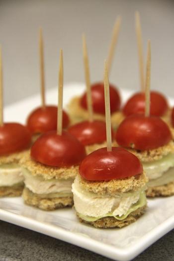 Mini red-hat chicken sliders. A cute sandwich appetizer!