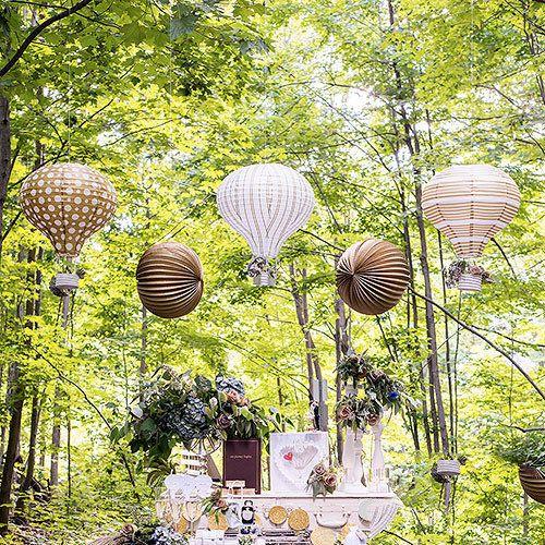Lanternes papier Montgolfière - http://www.instemporel.com/s/12597_227962_lot-de-3-lanternes-montgolfiere #Wedding #Birthday #Baptism