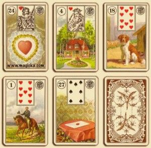 Heute beginne ich hier eine neue Serie über die Bedeutung der Karten.  Da die Skatkarten alle komplett sind, geht es nun mit den Lenormandkarten weiter.  Nach den Skatkarten sind die Lenormandkarten eines meiner liebsten Medien, wenn ich Beratungen gebe.  Ich erkläre euch hier im Laufe der kommenden Wochen einige meiner Bedeutungen der Karten.  Sie sollem dem Interessierten nur als Anhaltspunkte dienen, denn da ich in meinen Beratungen auch meine Intuition einfließen lasse, bekommen die…