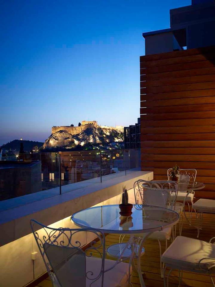 Art Lounge Cafe @Vinod Pillai Hotel - Afternoon View
