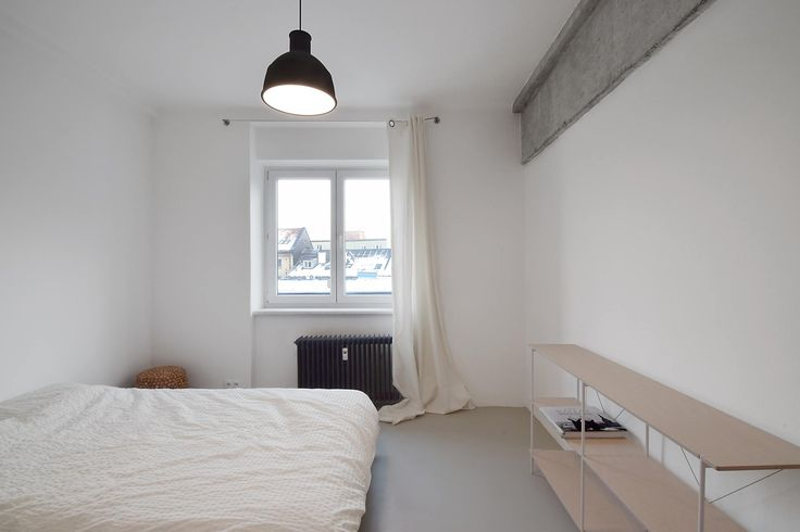Simple minimalist bedroom in Bratislava. Interior by GRAU architects, www.grau.sk