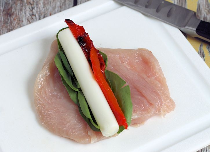 Grilled Stuffed Chicken Italiano Recipe #WWStringIt - Mom Foodie - Blommi