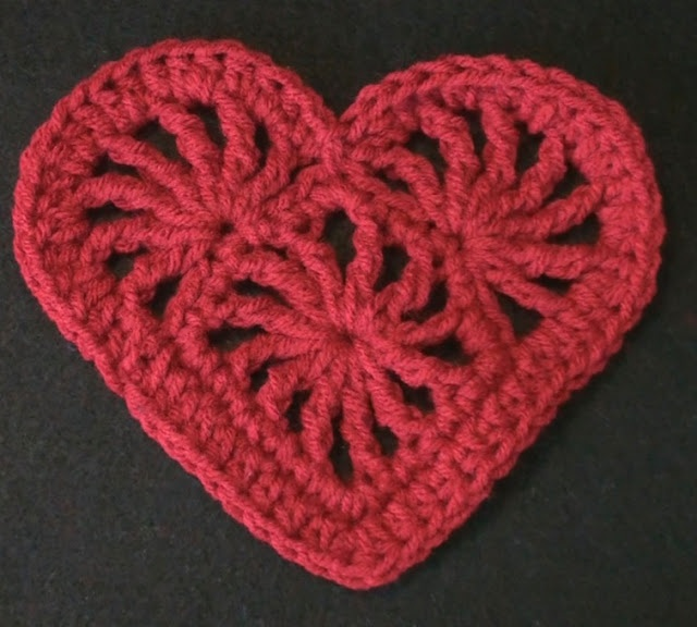 Crochet Heart Felicity | Crochet Geek - Free Instructions and Patterns
