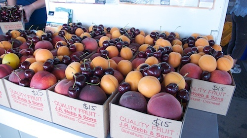 Cromwell, Central Otago. Abundant fresh stone fruit... http://www.centralotagonz.com/must-do,why-visit