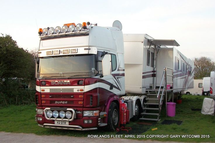 Scania and showman's trailer in 2015