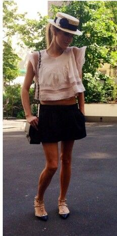 Nude and black   chic summer outfit   valentino flats  @p4fblog