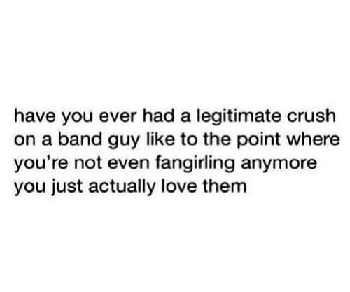 This describes my life Ashton Irwin, Michael Clifford, Luke Hemmings, Calum Hood.