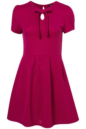 Tie Neck Pleat DressTies Neck, Simply Adorable, Berries Dresses, Pleated Dresses, Dresses Gowns, Magenta Colors, Vintage Style, Rachel Berries, Neck Pleated