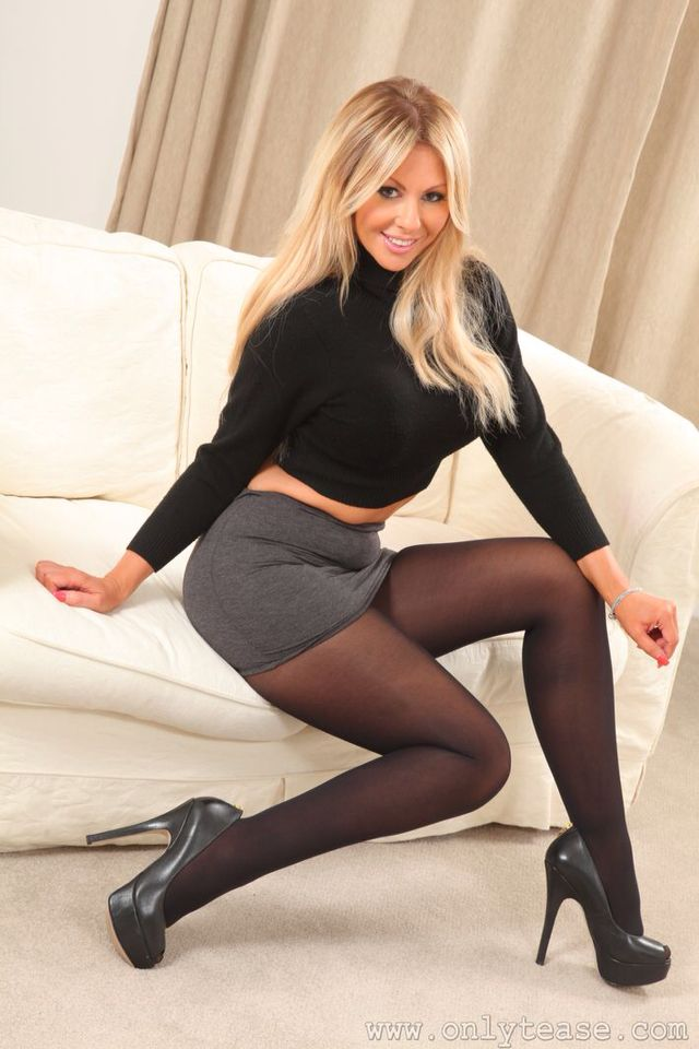 And Pantyhose Pantyhose Tease 7